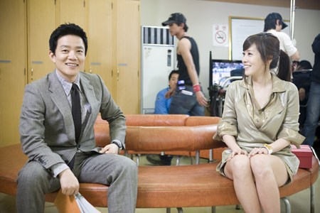Jang Ki Joon makes an offer to Kim Jung Eun