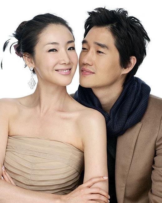 Choi Ji Woo and Yoo Ji Tae