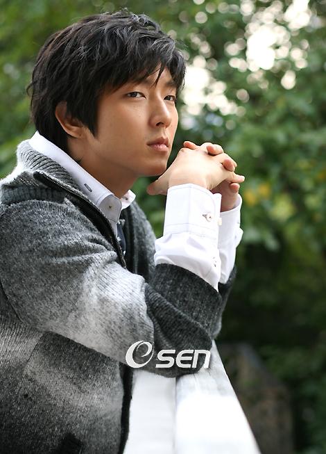 Lee Jun Ki in Deep Thought