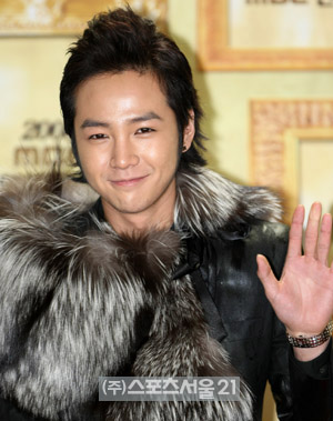 Jang Geun Suk was original casted for Boys Before Flowers